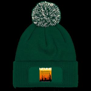не ме пипай шапка с понпон зелена